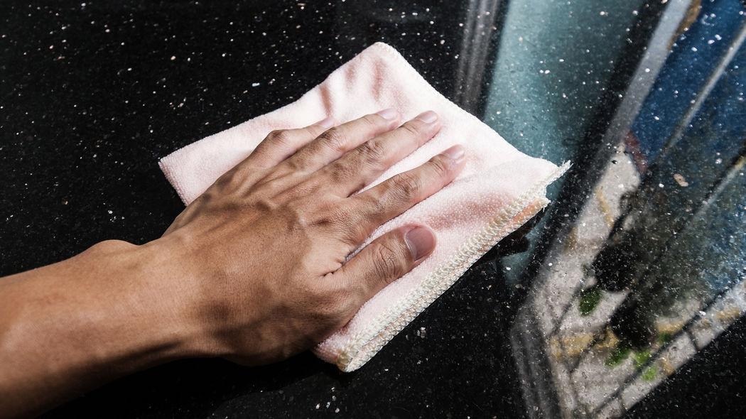 Marmorboden pflegen und säubern: So geht's